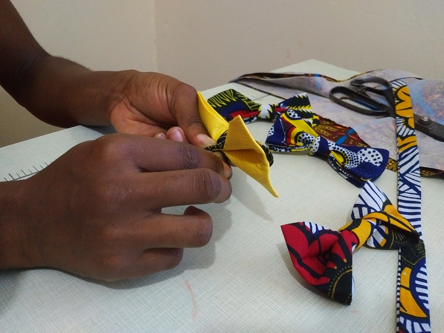 Making Kitenge bow ties Ji-ai Fashion House blackstar Studio Bow Tie 04